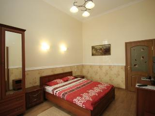 Central Apartment near Sobornaya Square ID66, Odessa