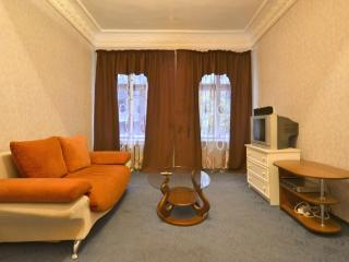 One bedroom apartment in old city centre ID58, Odessa
