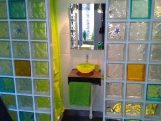 Petit appartement cosy et tendance, Paris