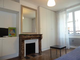 Studio PARIS 7EME proche St Germain des Près