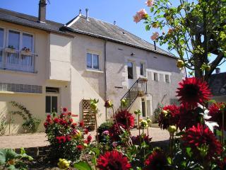 Grande maison de village proche Amboise 12 pers, Dame-Marie-les-Bois