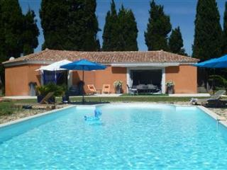 A bit of paradise in Provence with large pool, Châteaurenard