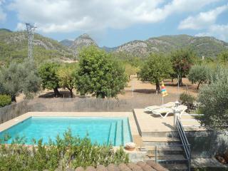 Casa de  vacaciones con piscina y jardín.Can Tomeu Franc
