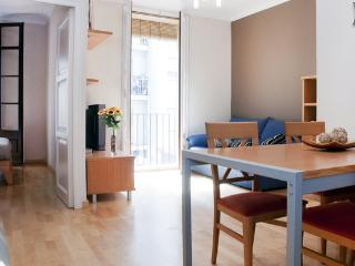BEAUTIFUL APARTAMENT IN GRACIA