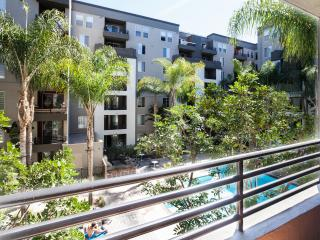 2BR Furnished Apartments in Corporate Center, Los Angeles