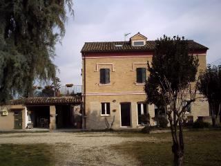 Mum's Nest, Corridonia