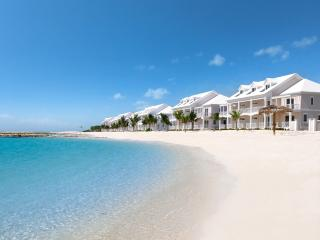 4bd Beachfront Villa, White Sand Beach, Bahamian Sea, Pool, Marina, Clubhouse