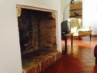 grande appartamento antico palazzo centro Perugia