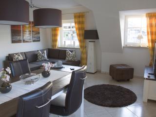 """Haus Atlantic, Appartement """"Strandpromenade"""", Ostseebad Binz"""