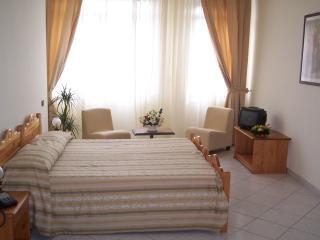 AppartHotel Gandhi - Two Rooms Apt, Cosenza