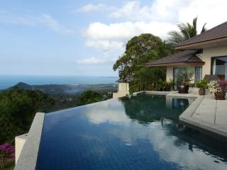 4 Bedroomed Sea View Angthong Hills, Ang Thong