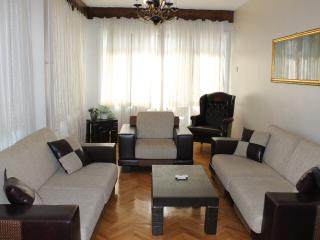 Large 3 BDR Apartment in Centre of Aksaray (Seher2, Estambul