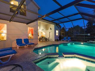 Luxury 6 Bed Pool Villa Close to Disney