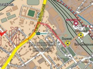 Flat for 4 near central railway, Kiev