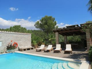 Casa de campo con piscina privada 'Fort de l'eau'