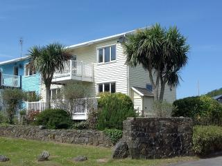 Beach House - 1 Tenby Lodge
