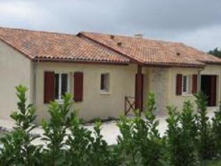maison à la campagne, piscine privée, Saint-Martin-de-Riberac