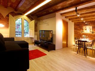 Aribau 4 Bedrooms Deluxe, Barcelona