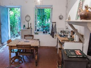 Maisonnette avec jardinet // Chateaux Cathares