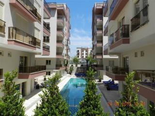 Sitesi Rose 2: daire 2 + 1 dubleks, Antalya