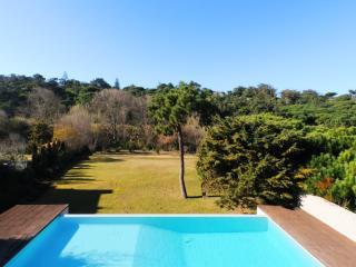 Big House near the beach - 15 min from Sintra