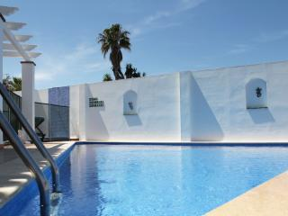 Luxury villa w/pool,near the beach,free WIFI, Nerja