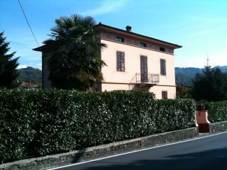 villetta liberty in Toscana, Ghivizzano