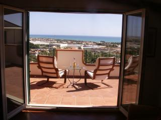 Comfortable apartment with terrace and sea view, Marina di Ragusa