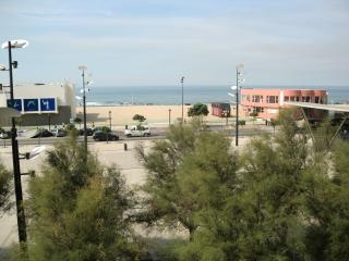 Apartamento T3 frente ao mar