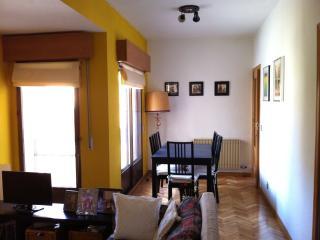 Bonito apartamento intramuros, Avila