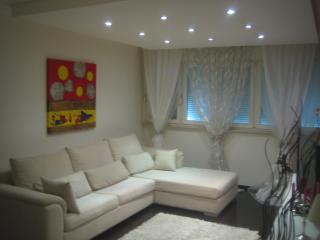 Luxury apartment near city center, Split