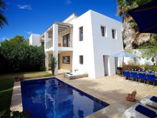 Cama de lujo 4 Villa moderna en Santa Eulària, Ibiza Ciudad