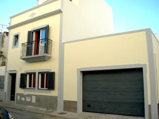 Maison Neuve Garagem OLHÃO ALGARVE, Olhao