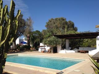 Exclusiva casa de campo tradicional con piscina, Sant Jordi