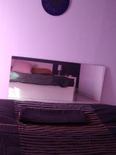 Chambre Lit double (miroir) photo n°5