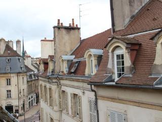 L'amiral sous les toits 2 pièces CENTRE HISTORIQUE, Dijon