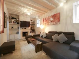 belle maison a 5 minutes de Paris, Levallois-Perret