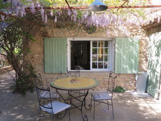 maison en pierre en plein coeur du Luberon, Ansouis