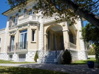 Manor House 300sqm 8BR A/C and big garden, Cagnes-sur-Mer