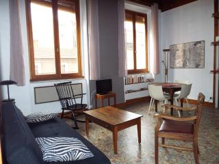 Vrai appartement canut au coeur de la Croix Rousse, Lyon