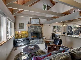 Sagebrush Cottage ~ RA76551, South Lake Tahoe