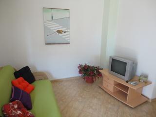 Cosy Summer Apartment, Kastel Luksic