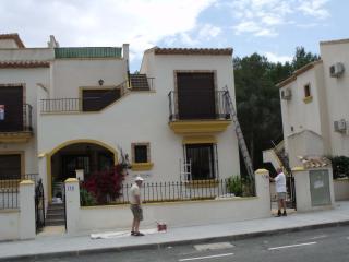Los Prados, Pilar de la Horadada