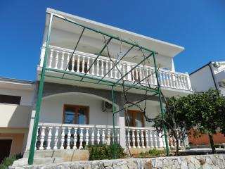 Apartment Silente 60m2 in multiple apartment house with sea view