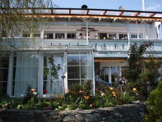 Luxus Wohnung m. Flügel, Garten, Terrasse nähe See