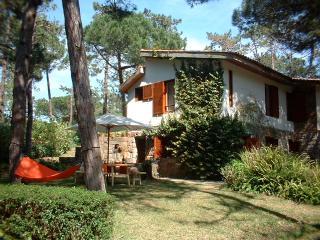 moradia típica de férias, no banzão (praia grande), Sintra