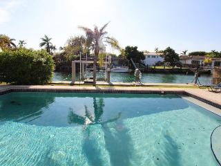 Miami Beach, Family House (H), August $3450/week