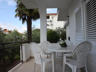 Three-Bedroom Apartment Nono close to the Beach