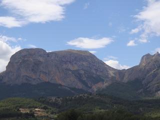 En las montañas a 9 Km del mar, Callosa d'En Sarria