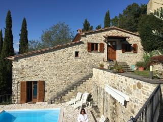 "Il Castelletto -3 BR & priv. pool ""REDUCED RATES"", Pieve Santo Stefano"